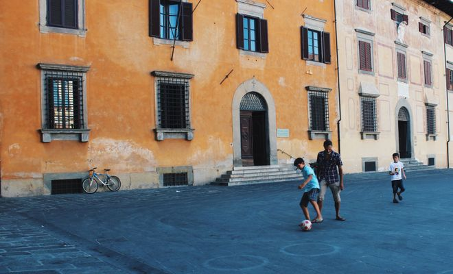 Restaurants, activities, tips, dos and don'ts to give kids a dose of la dolce vita in Italy.